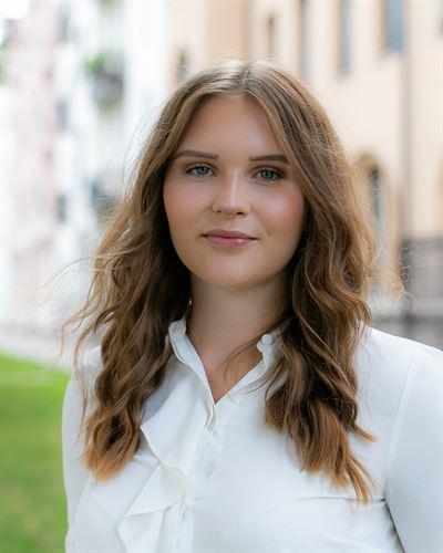Maja Fritzell Ansvarig mäklare