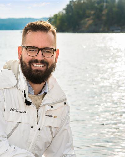 Mathias Gustavsson Ansvarig mäklare
