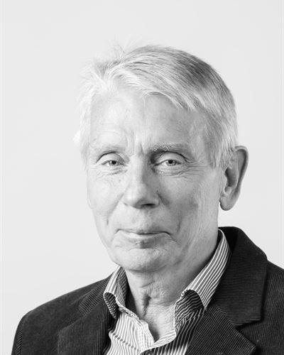 Sven-Åke Persson Ansvarig mäklare