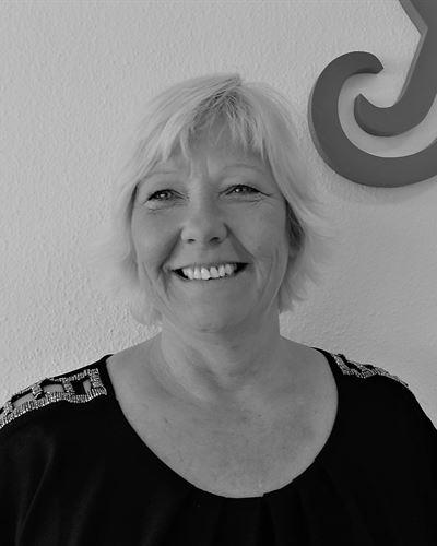 Pia Lundin Fastighetsmäklare