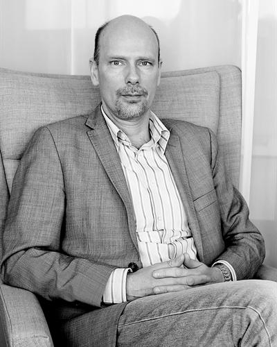 David Ottosson Fastighetsmäklare