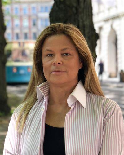 Elisabet Haglid Evander Kontorschef / Fastighetsmäklare