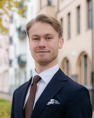 Oscar Sveinbjörnsson Borådgivare