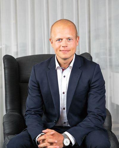 Alexander Magnusson Assisterande mäklare