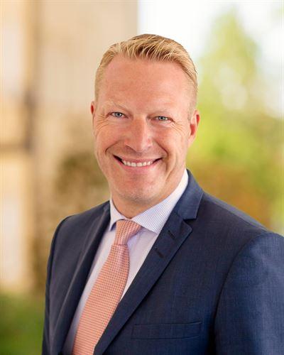 Peter Eriksén Fastighetsmäklare / Delägare