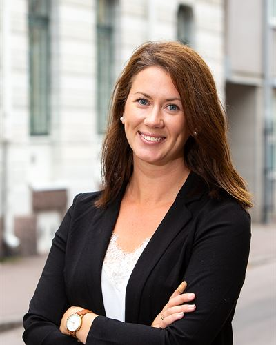 Elin Knutsson Fastighetsmäklarassistent