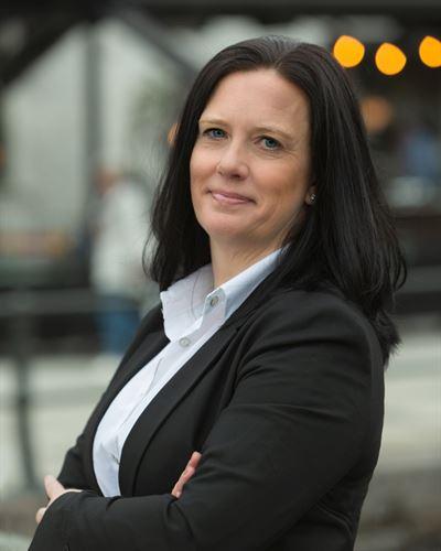 Anneli Lindgren Ansvarig mäklare