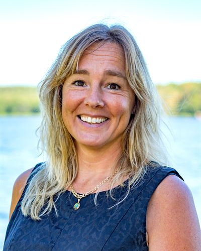 Michelle Thöming VD/Fastighetsmäklare