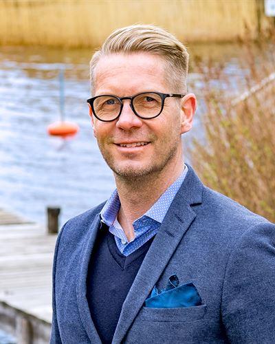 Michael Björkung Ansvarig mäklare