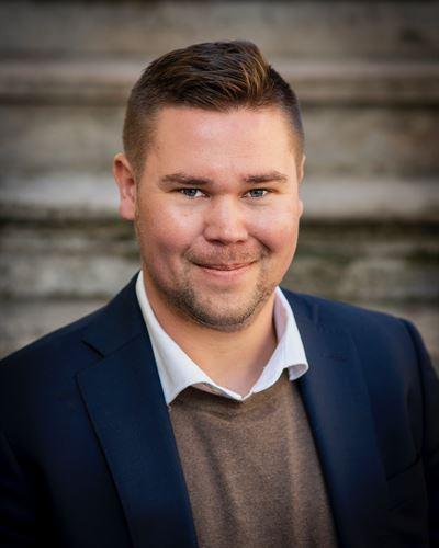 Martin Roskvist Ansvarig mäklare