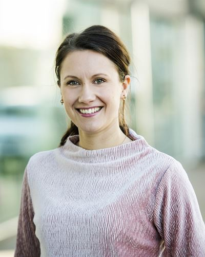 Elinor Olofsson Ansvarig mäklare