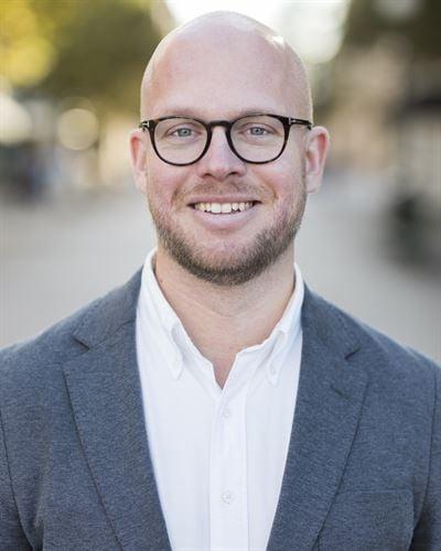 Olle Almqvist Ansvarig mäklare