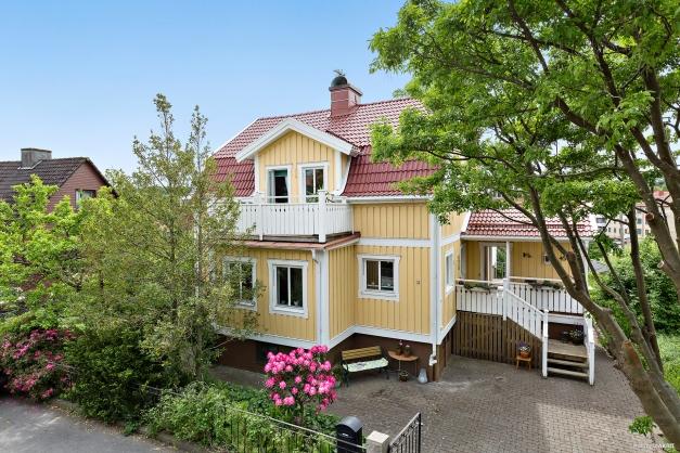 Välkommen till fina Matildebergsgatan 45!