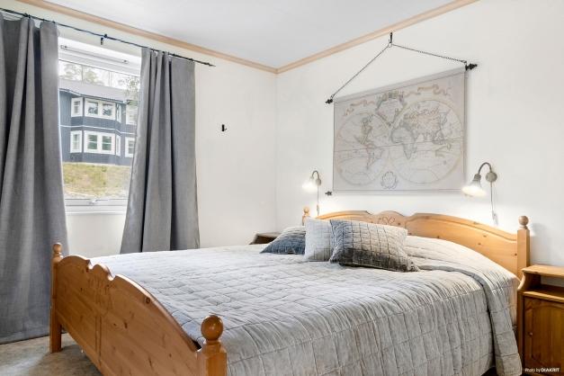 Det största sovrummet med dubbelsäng, sovrum 1