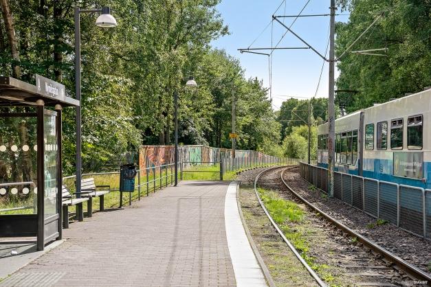 Gångavstånd till spårvagnen som tar dig till centrala Göteborg och Frölunda Torg på bara några minuter.
