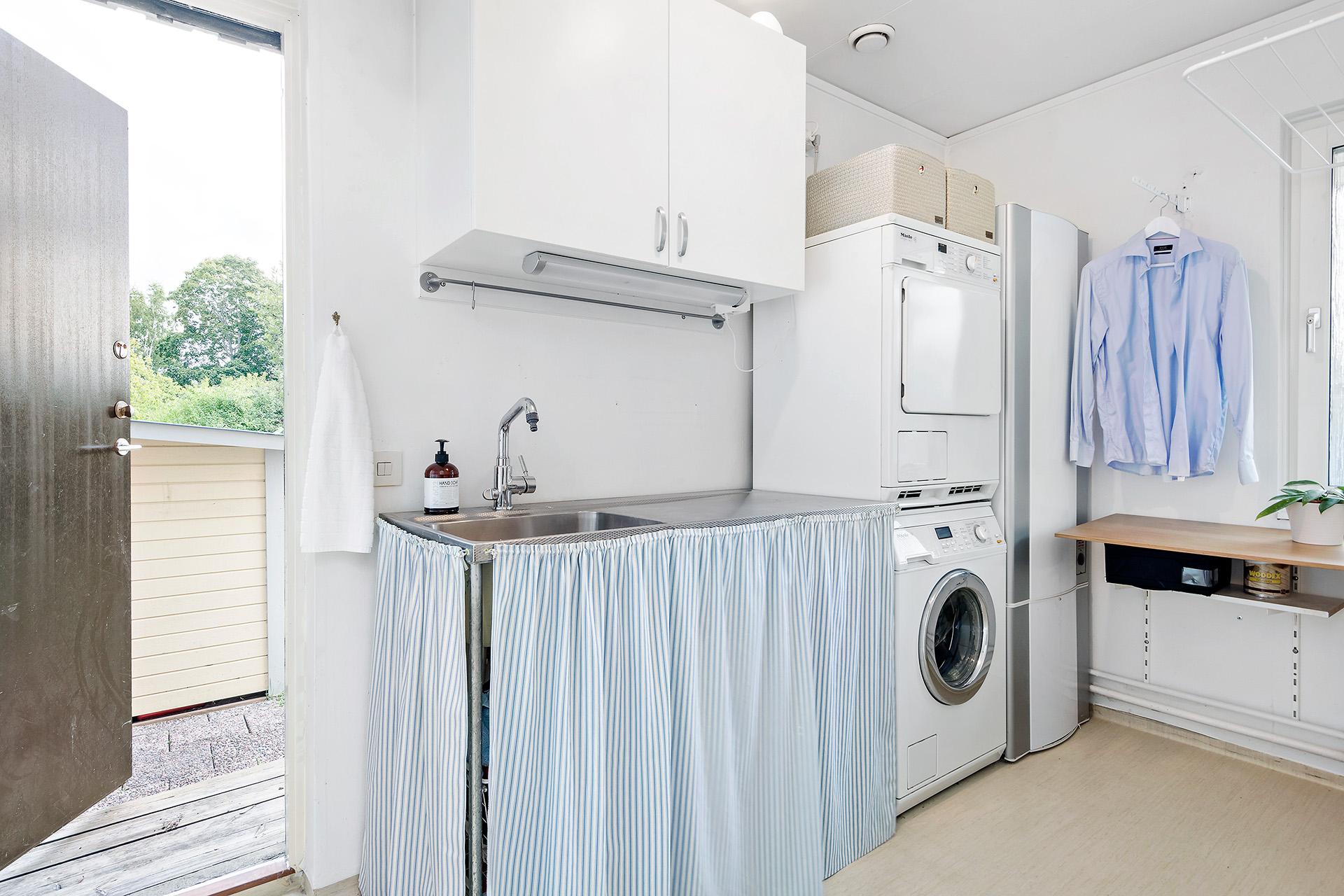 Tvättstugan med grovingång