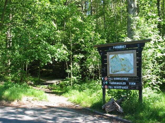 I närområdet ligger naturreservat