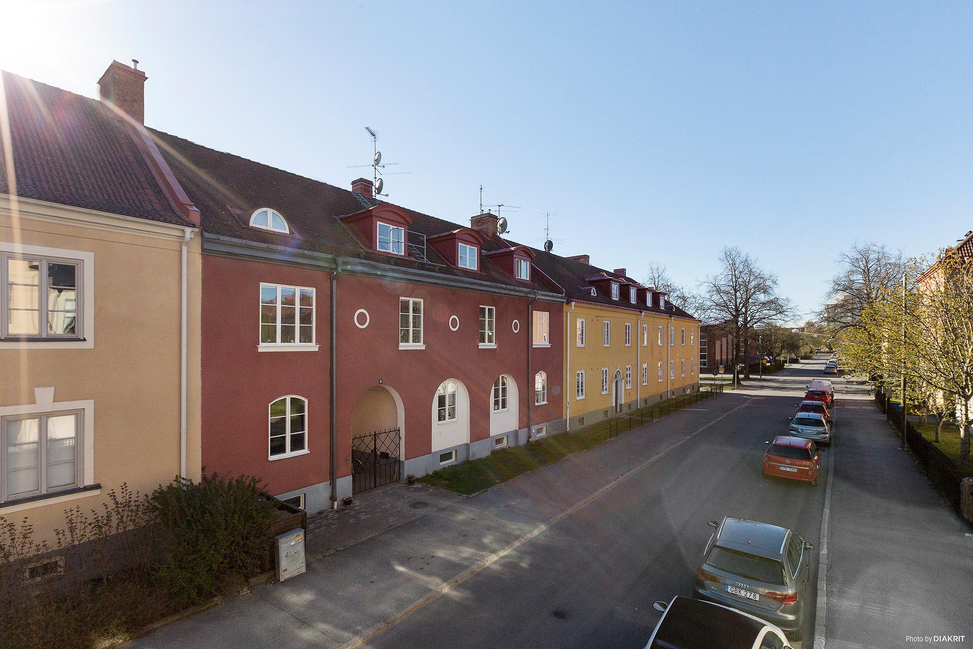 Lagmansgatan 11 - Framsida