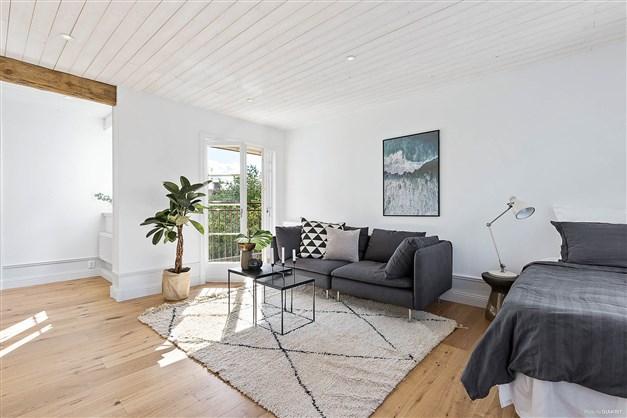 Rum med fransk balkong
