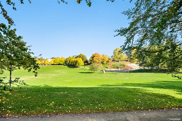 Finns vackra parkområden i Handen!