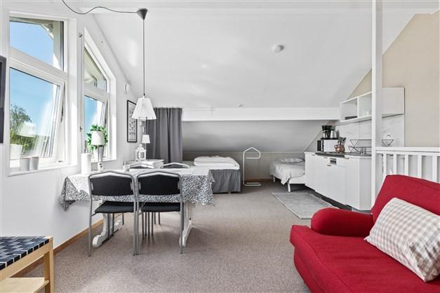 Lägenhet/personalutrymme verkstad Pentry och allmänutrymmen
