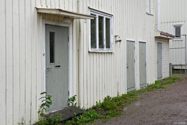 Gårdsbyggnad med förvaring