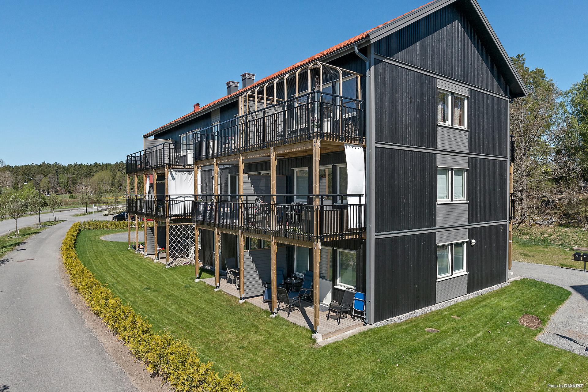 8 kvm stora balkonger