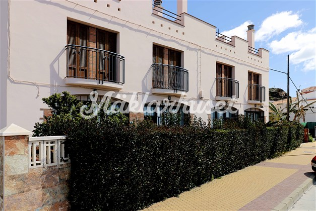 Benajarafe har många hus i spansk traditionell stil