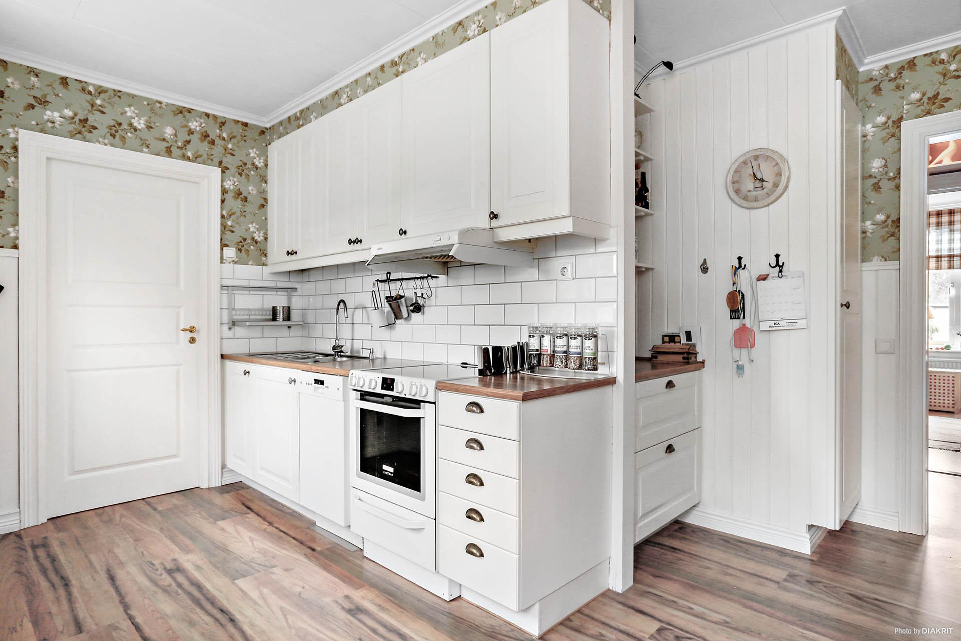 Lägenhet 1: Kök i lantlig stil