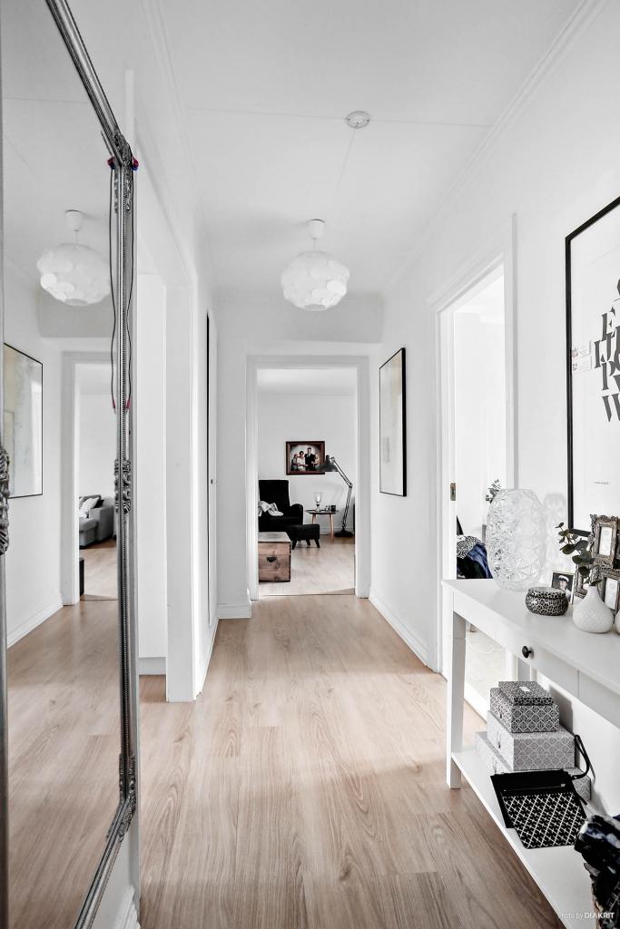 Lägenhet 2: Entréhall