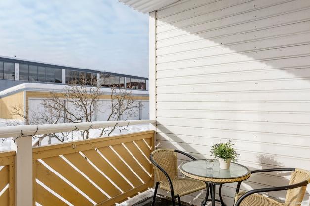 Härlig balkong i västerläge