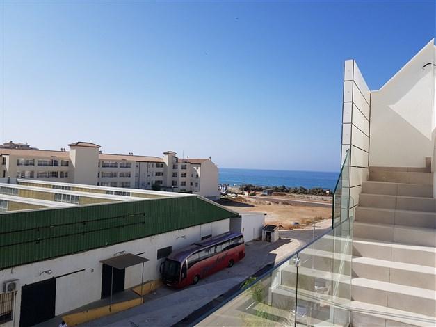Havsutsikt från balkongen - foto