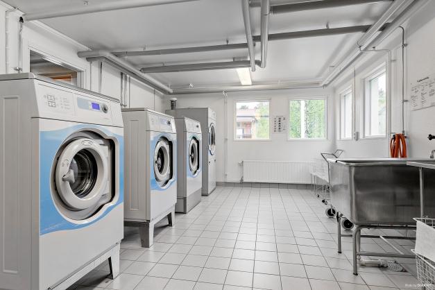 Gemensam tvättstuga (Hagelv. 59)