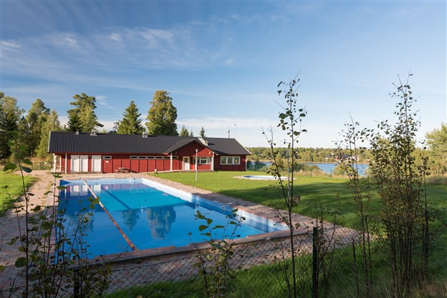 Områdets pool