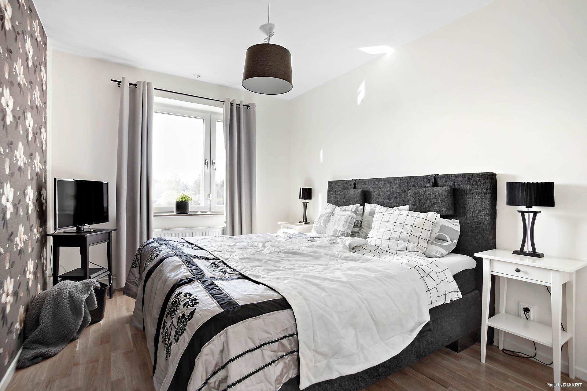 Ett av fyra sovrum på våningsplan