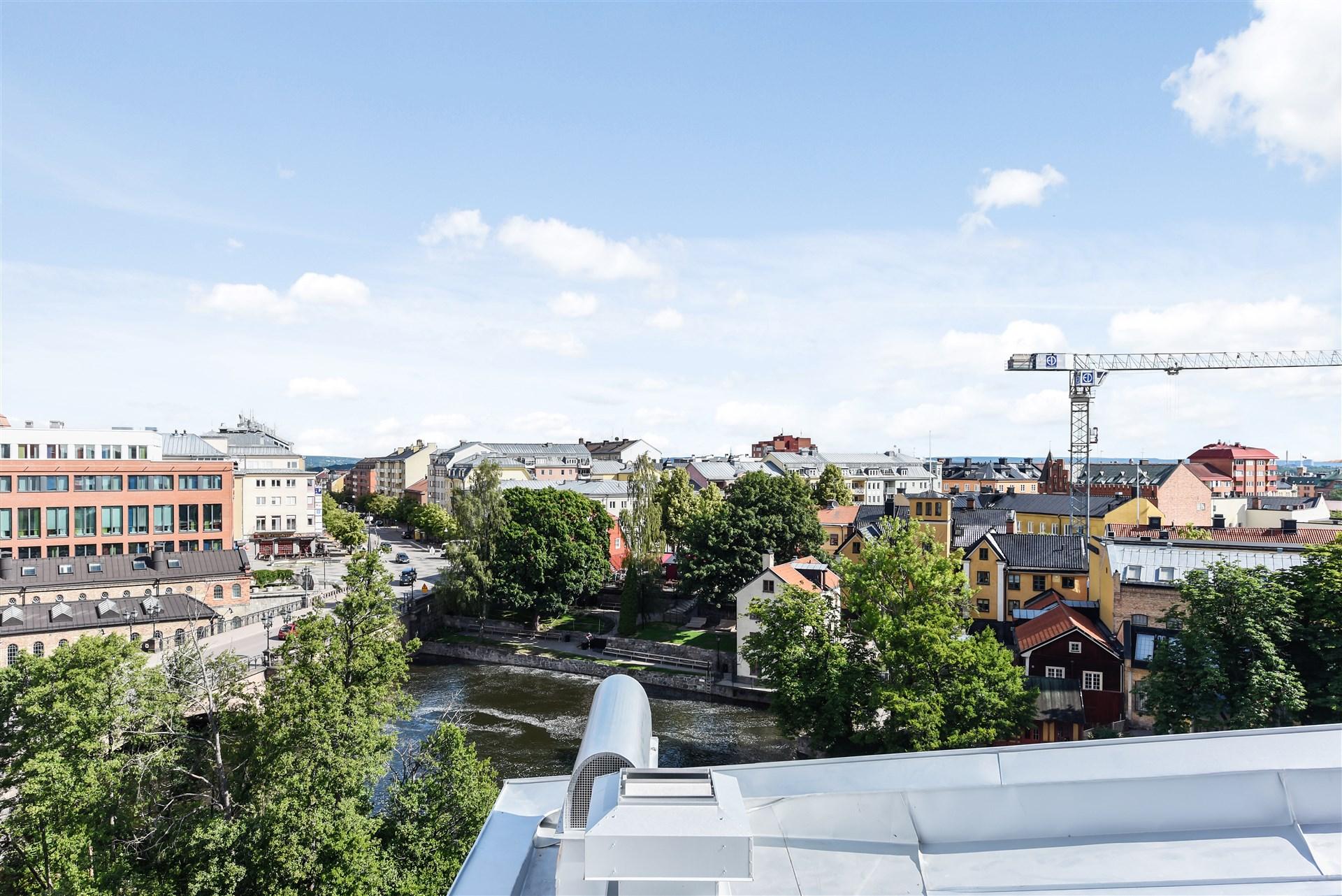 Från lägenheten har du denna underbara utsikt!