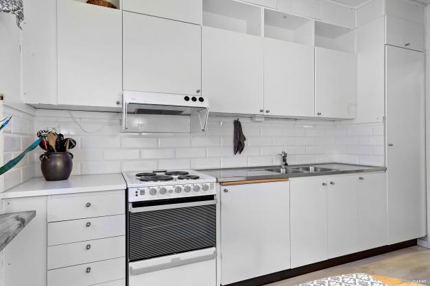 Kök med fina förvaringsmöjligheter