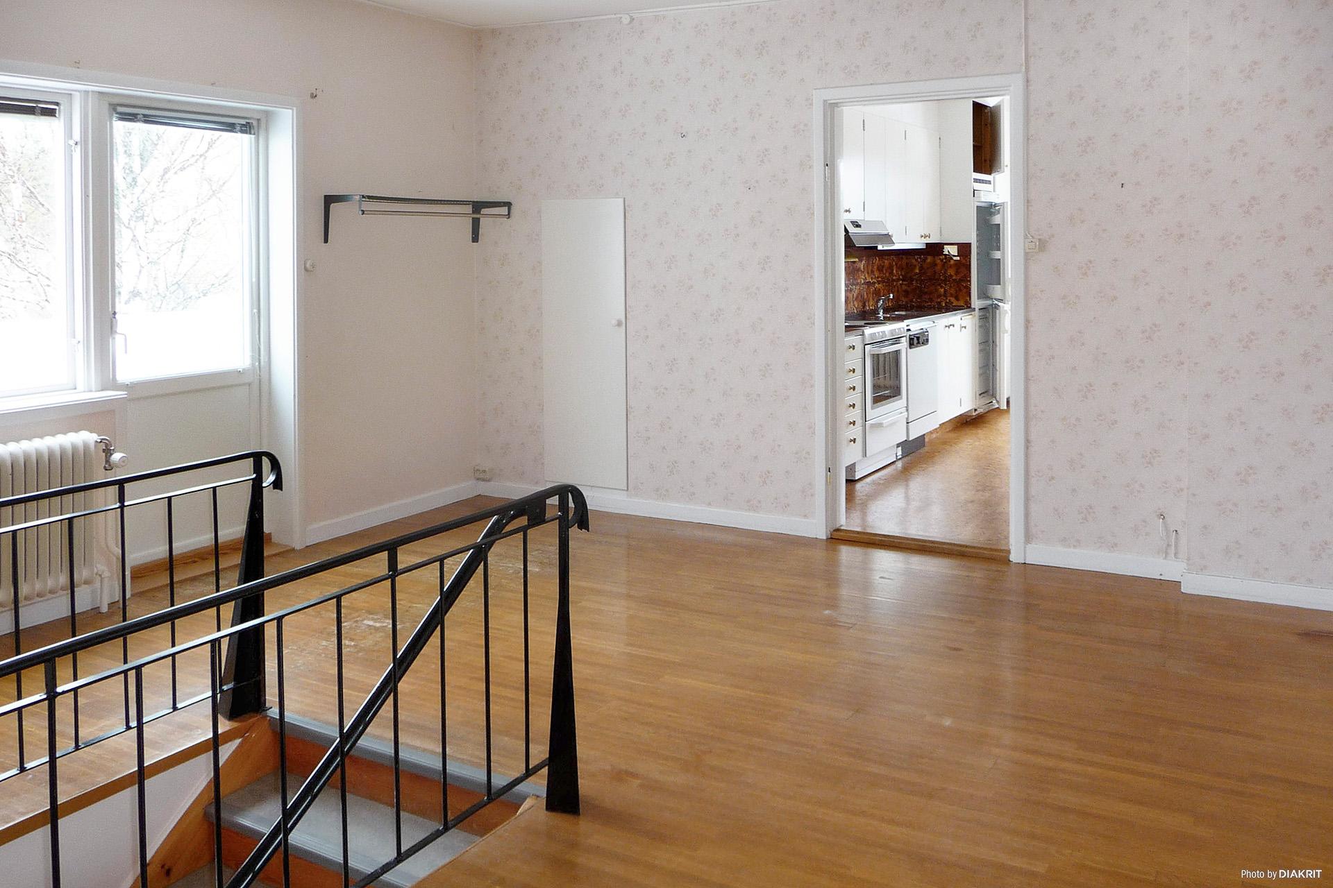 Övervåning, möblerbar hall