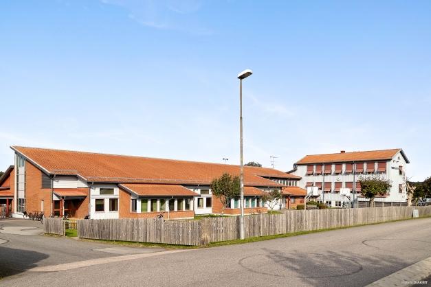 Området - även Hede skolan ligger på kort promenad i från huset.