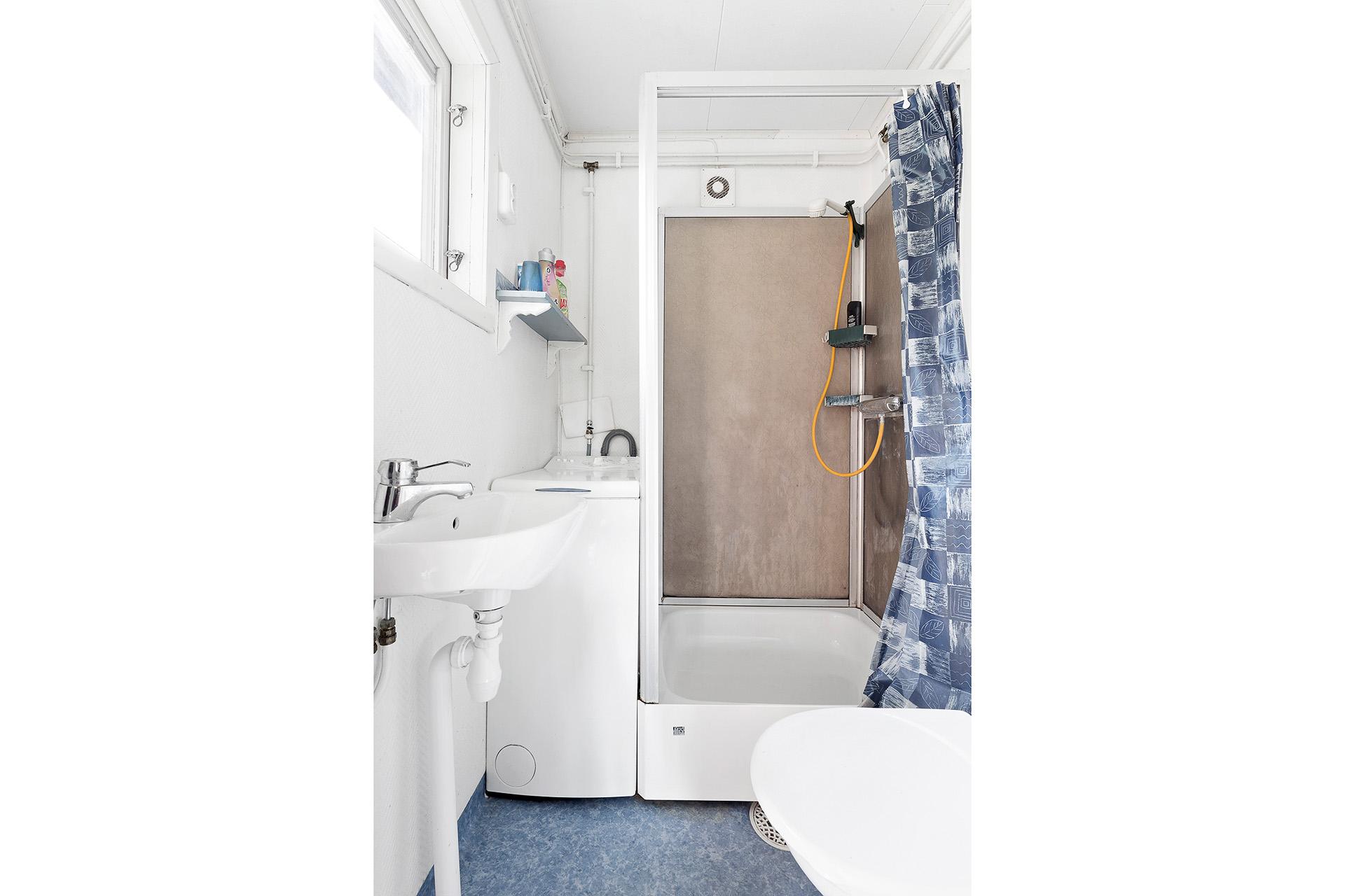 Dusch/WC/tvättutrymme, gästhus