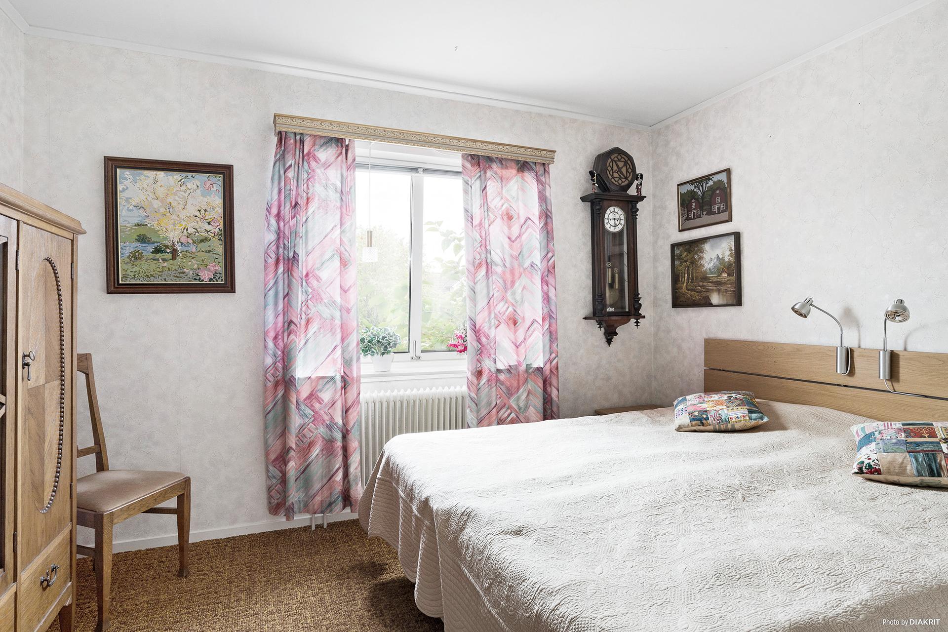 Sovrummet innanför vardagsrummet