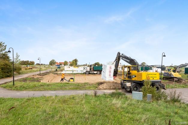 Byggnation igång