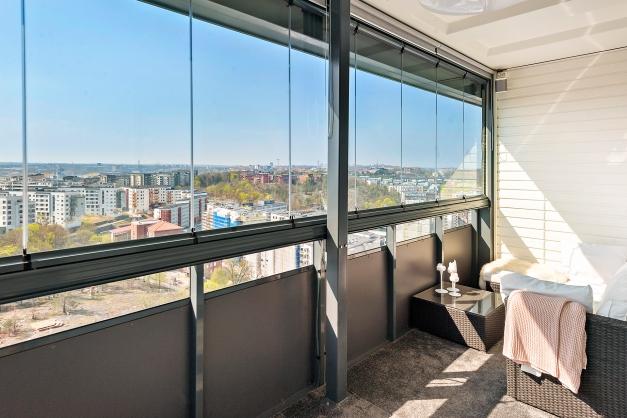 Fri vidsträckt utsikt från balkong