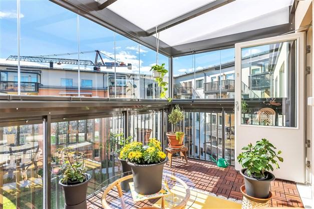 Välkommen ut på balkongen