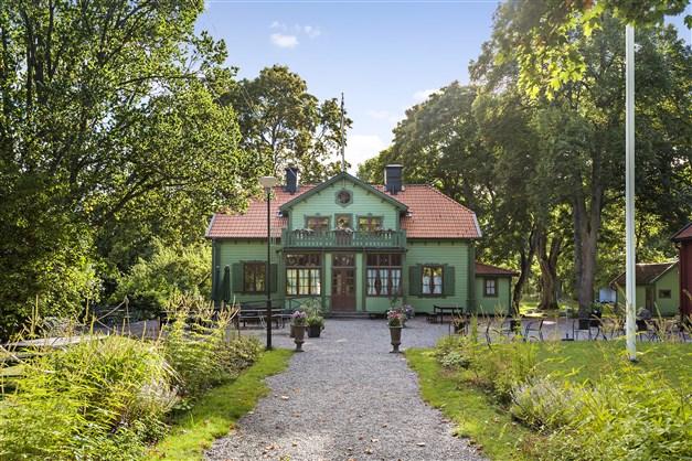 Herrängens gård - café och restaurang