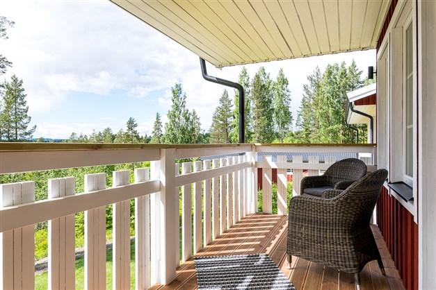 Balkong med sjöutsikt (endast lägenheter på vån 2)