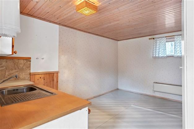 Tvättstuga med plats för möblering