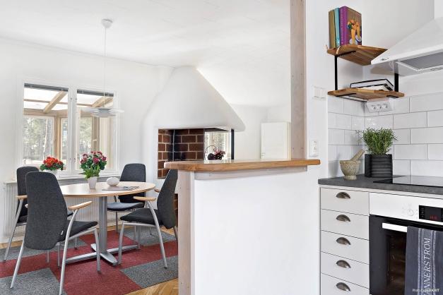 Nytt kök med öppet emot vardagsrummet