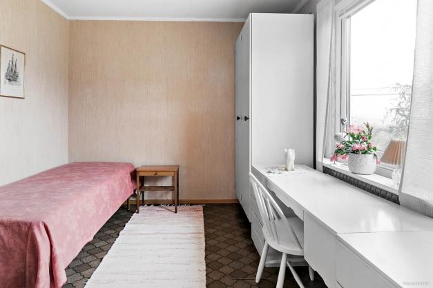 Sovrummet vid köket