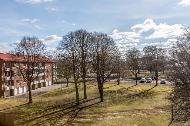 Utsikt från den franska balkongen mot Ållebergsgymnasiet